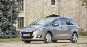 Nuevo monovolumen Peugeot 5008 para disfrutar en familia (1)